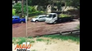 Helpless motorists as their cars start floating during flash flood