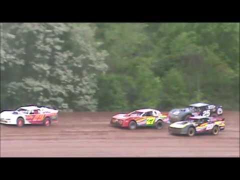 Brett McDonald Feature Lernerville Speedway 5/19/17 (4/28 Make Up)