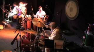 Chico Batera & Orquestra Suburbana - Deixe a Menina