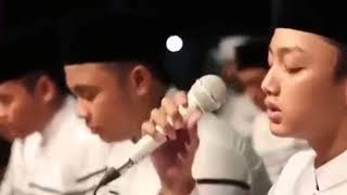 Gambar cover Balasan lagu ayah leonis band