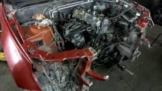 видео Сузуки Гранд Витара 2007г.в. Как снять бампер и добраться до бачка омывателя.