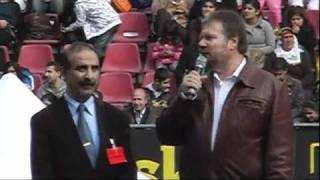 Stefan Engel (MLPD) spricht auf kurdischem Festival in Köln gegen das Verbot der PKK