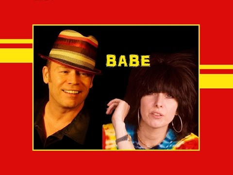 """I Got You Babe"" 💖 UB40 Featuring ✿ CHRISSIE HYNDE 💖 (Lyrics)"