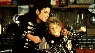 """michael jackson la gear"" (the photos appeared in international magazines may 1990)michael gear | michael signature snea..."
