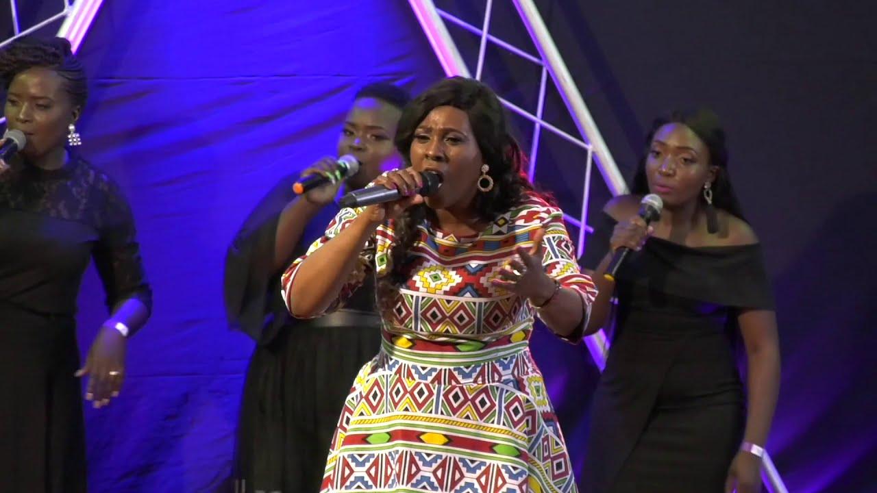 Download Mukondi Malabi - Ro Themba Vhone (Live Video)