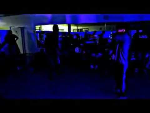George VS Xove @ Squishy Docious Presents Cypher Hero Popping Battle