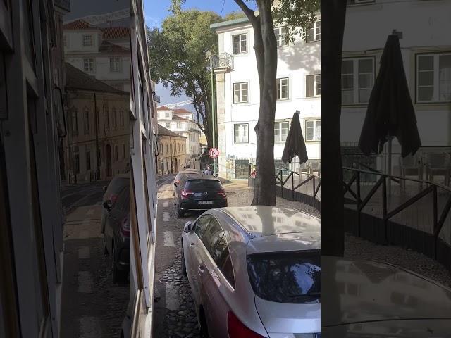 Tram 28E