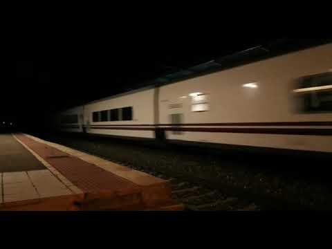 El tren hotel ensaya en León / Vídeo: ALBERTO OTAZO