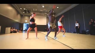 Download Video Mike Alabi feat Serge Beynaud - waka jaye || choreo By AFROMANGA MP3 3GP MP4