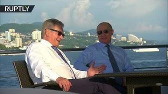 Putin & Finland's Niinistö enjoy boat trip on Black Sea