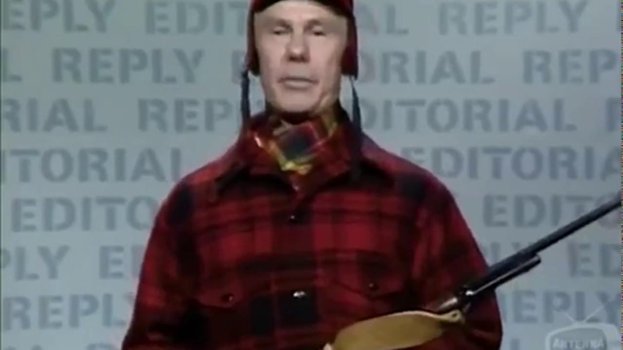 Johnny Carson as Floyd R Turbo on hunting