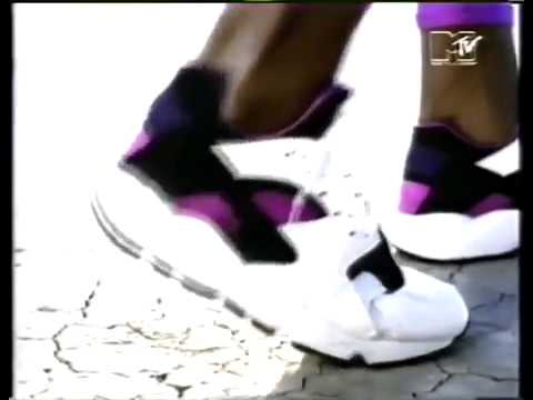 94fc2a1be1ec6e NIKE AIR HUARACHE RUN  91 QS (BLACK   PURPLE PUNCH - BLACK - WHITE ...