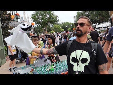 Mickey's Not So Scary Halloween Party At Disney World! | NEW Fireworks Show, Parade Floats & Treats