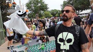 Mickey's Not So Scary Halloween Party At Disney World! | NEW Fireworks Show, Parade Floats & Treats