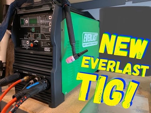 EVERLAST 210 - UNBOXING THE EVERLAST WELDER AND FIRST IMPRESSIONS! TIG WELDING!