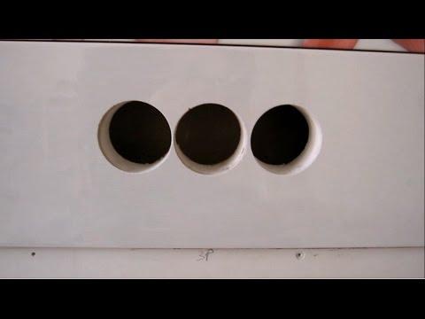 Сверление отверстий для подрозетников в керамической плитке.