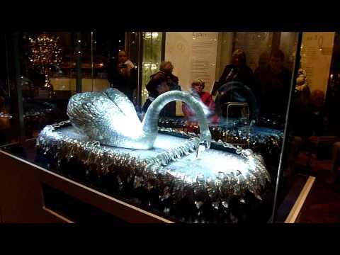Silver swan automaton
