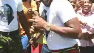 "Jah Prayzah ""rasvika gamba"" at Kutonga Kwaro album launch"