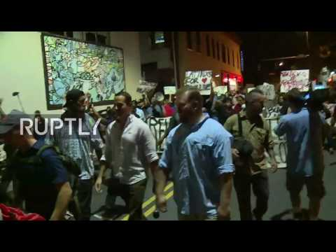 LIVE: Protests continue in Charlotte following police shooting