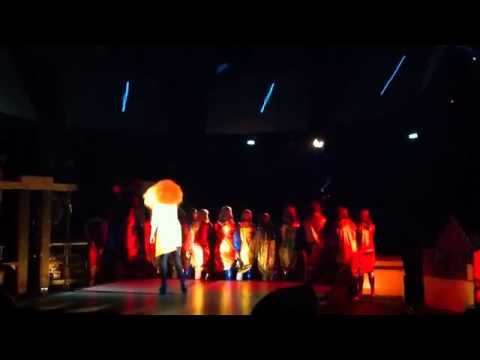 Bjork - Thunderbolt - Live@MIF (27.06.2011)