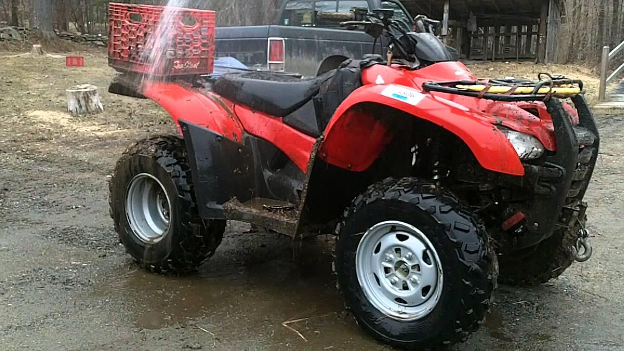 Honda Rancher 420 In The Mud