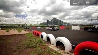 Karting, les consignes de sécurité chez Speedomax Mauritius.