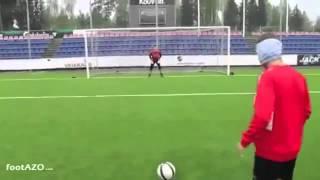 Blind rabona penalty by Pekka Sihvola