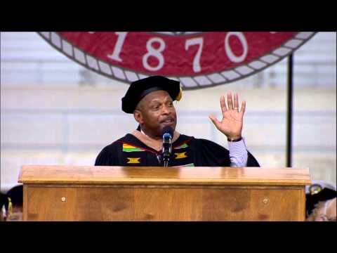 Archie Griffin addresses grads