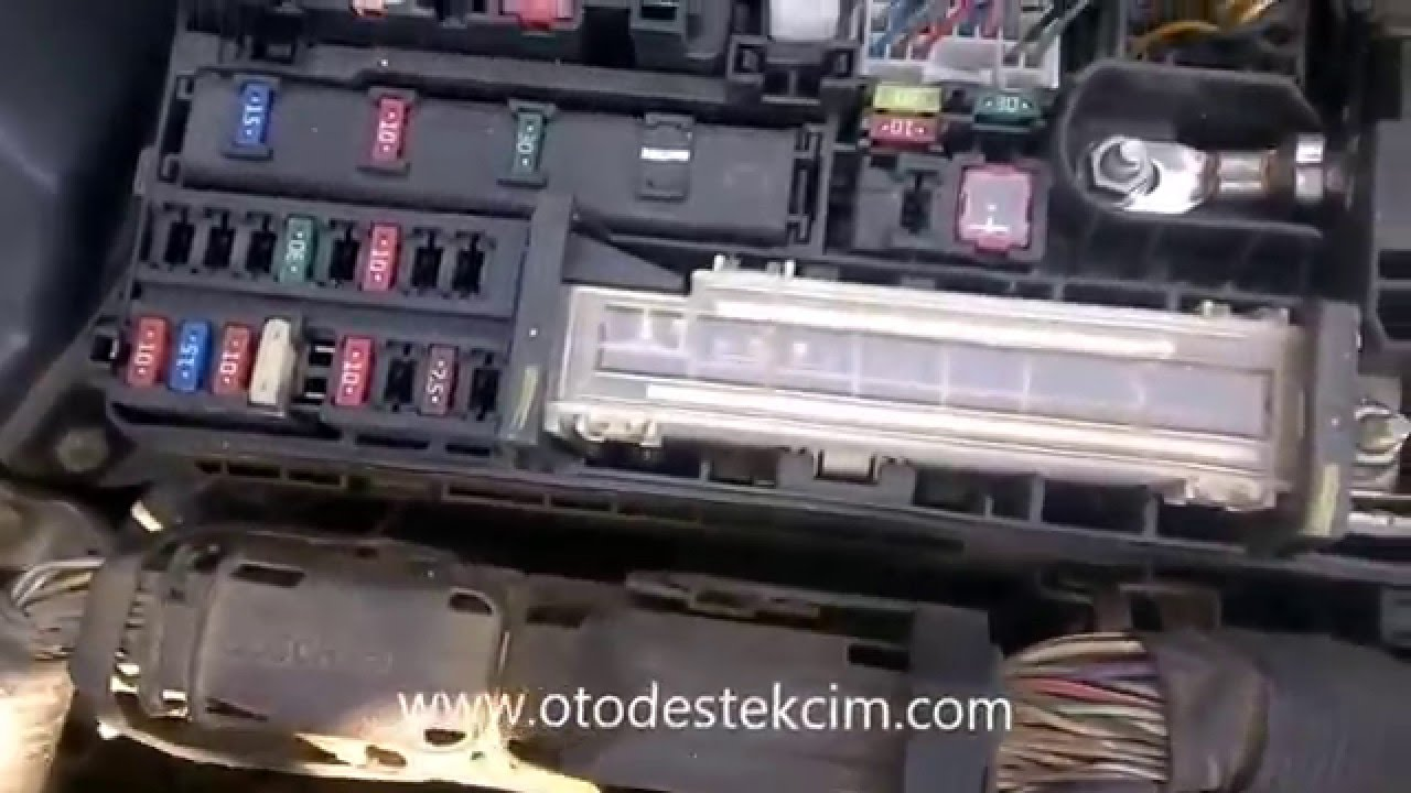 toyota auris sigorta kutusu fuse box youtube toyota auris 2012 fuse box location at Toyota Auris Fuse Box Location
