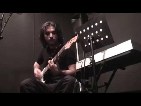 Yiğit Subaşı - Elektrik Gitar ve Davul Eğitmeni