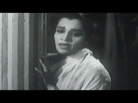 Tu Asta Tar - Lata Mangeshkar | Kanyadaan | Marathi Emotional Song