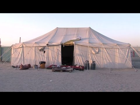 Kuwaitis seek roots in '5-star' tents under the stars