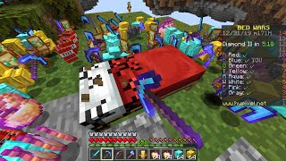 Minecraft Bedwars but every drop is RANDOM... even beds!