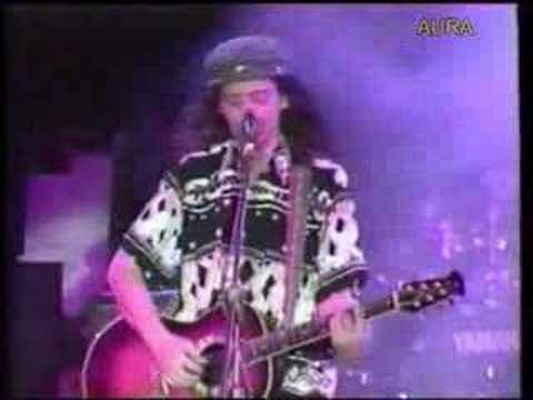 Ednardo cantando Única PessoaEdnardo e Chico César - Show