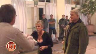 ET Online - Who makes Jamie Lee Curtis blush?
