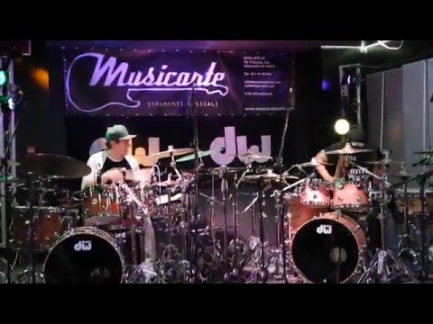 THOMAS LANG AND TONY ROYSTER JR. (Live) -  drum duo