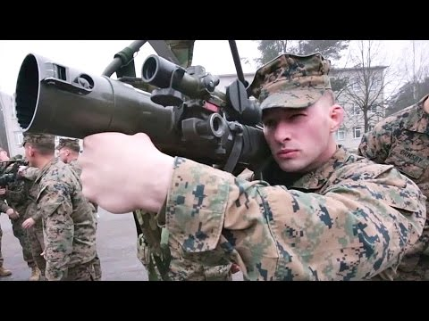 US Marines Check Out Latvian Weapon Systems