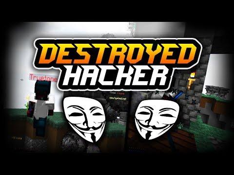 Destroying a Fly hacker+kill aura hacker (Skywars Hypixel)