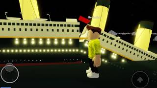 The sinking of the titanic (roblox, this video is by redbuildr