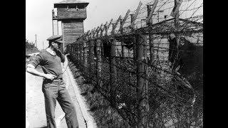 Une brigade d'ambulanciers AFS découvre le camp de concentration de Bergen Belsen
