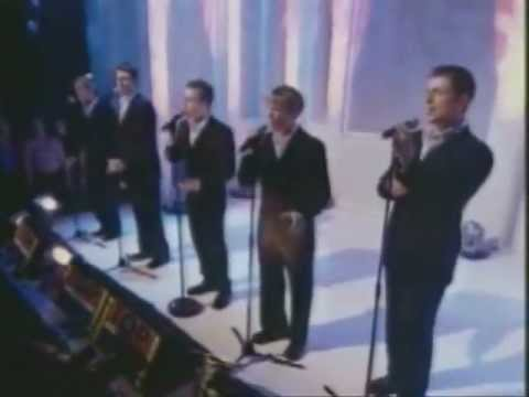 WESTLIFE What Makes A Man TOTP Live 2000