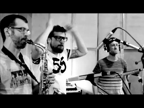 """INITIATIVE H x Médéric Collignon - Cover MGMT """"Time To Pretend"""" - DARK WAVE"""