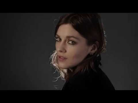 3e1bdb10e30c Cat Lashes – the New Eye-Opening Mascara from Burberry - YouTube