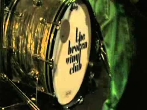 The Broken Vinyl Club I Want You Girl Chords Chordify