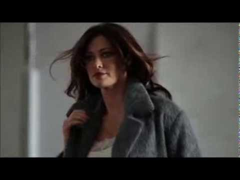 SANDRO FERRONE Manuela Arcuri Backstage Fall/Winter 2013-2014