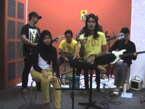 SAJA - Setia Bersama (OST Sesejuk Coconut Shake PRTM)