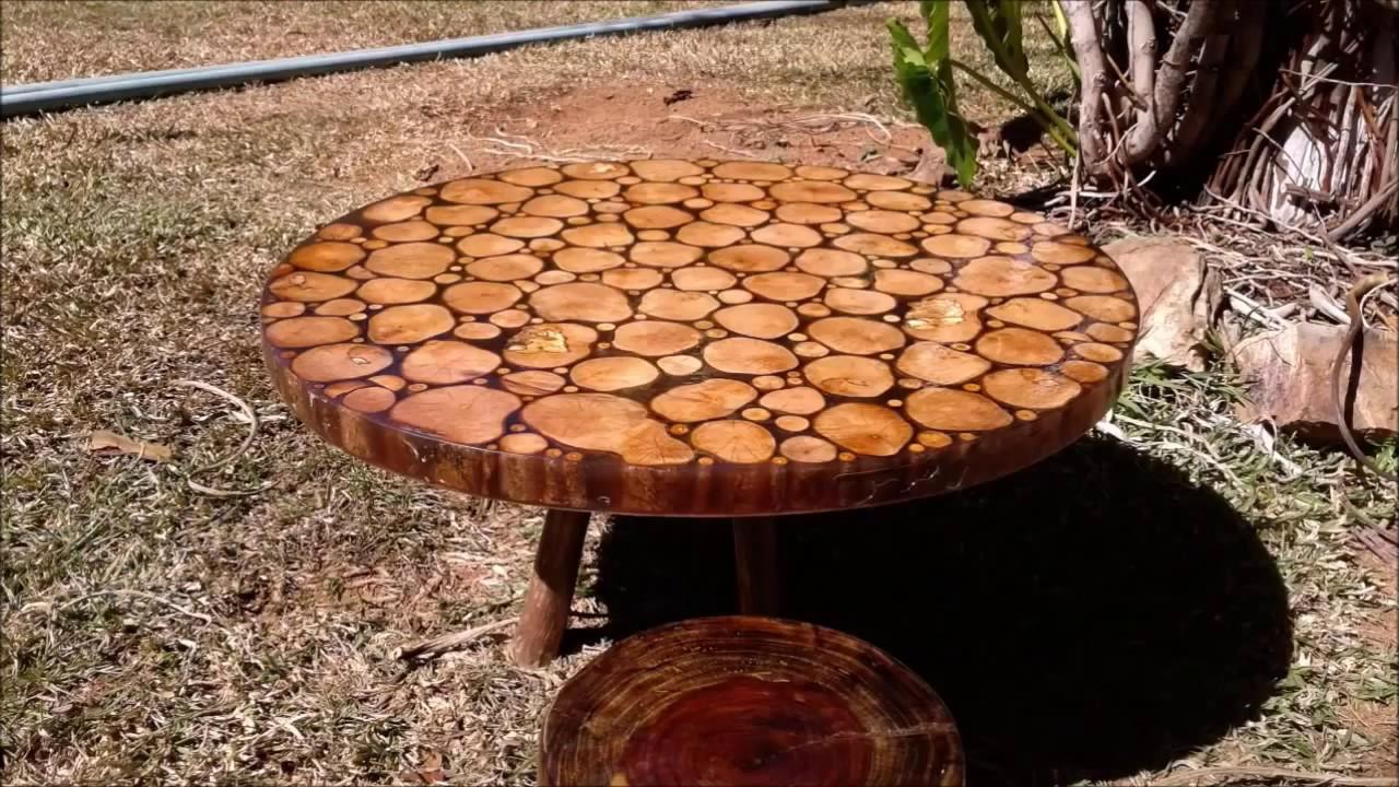 Tavolo Legno E Resina Prezzo come realizzare un tavolo in resina e legno fatto con materiale di recupero