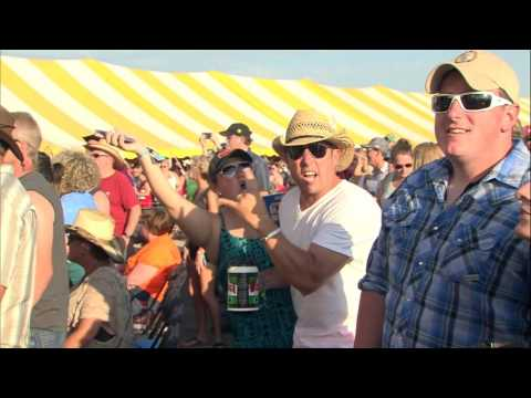 Big & Rich :: Lovin' Lately - Live from Winstock 2016