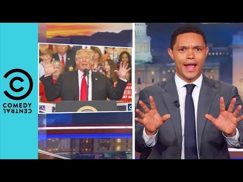 "Trump Shows Off His ""Big Beautiful Hands"" 
