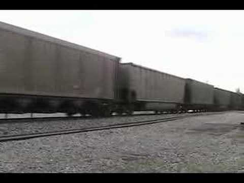 UP Coal with Sp Patch in the Lead Paducah KY